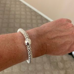 Sterling chic stretch bracelet